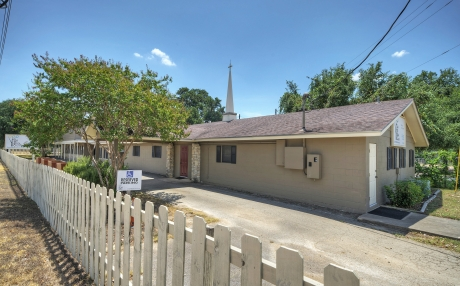 1.675 Acres for Sale in Southwest Austin!